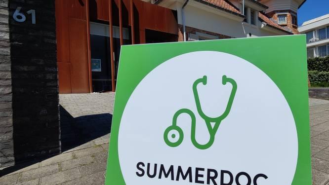 """De Panne heeft zijn zomerdokters al gevonden: """"10 tijdelijke huisartsen vangen het tekort in juli en augustus op"""""""