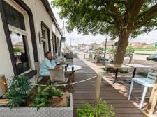 Nieuw terras van Tumi's in Zevenbergen mag toch blijven staan
