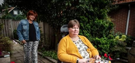 Daniëlle kan niet praten, zit in een rolstoel en schrijft met één hand: 'Ik kijk naar wat ik nog wél kan'