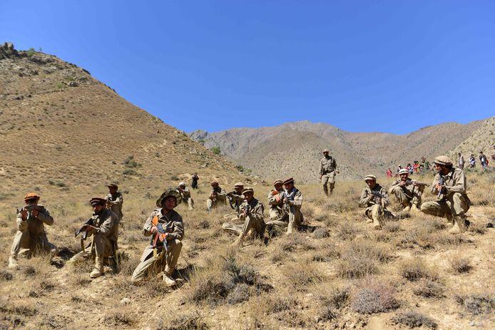 De taliban beweren de verzetstrijders te hebben verslagen.