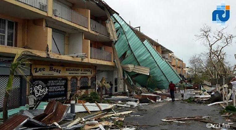 Schade op het Franse deel van Sint-Maarten. Hoe Trumps Château des Palmiers eraan toe is, is nog niet bekend. Beeld afp