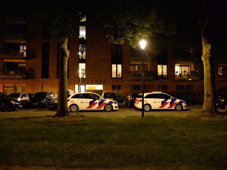 Vrouw zwaargewond aangetroffen in woning Breda, partner aangehouden
