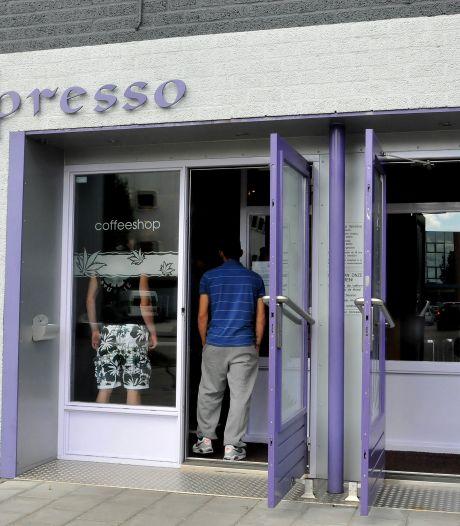 Zwijndrechtse coffeeshop pas volgend jaar weer open