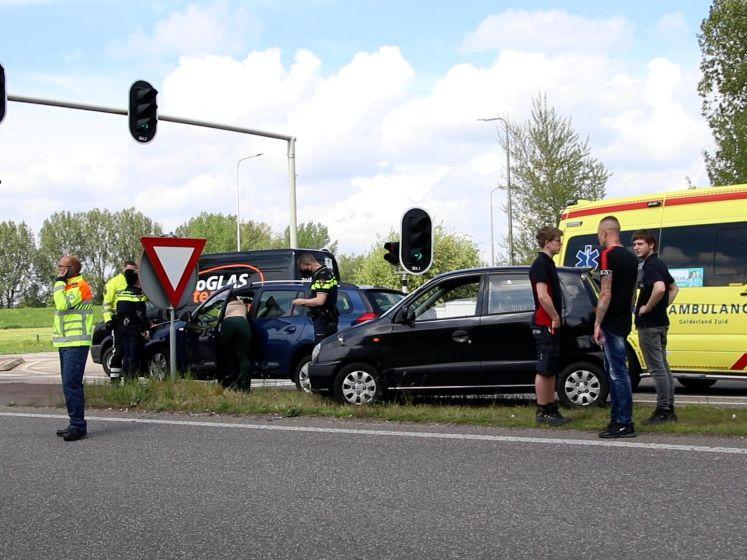 Vrouw onder invloed veroorzaakt ongeluk op afrit A12 bij Duiven