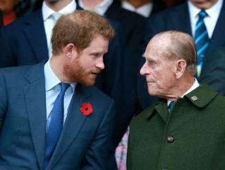 """Prins Harry maakt plannen om zo snel mogelijk terug te keren naar het VK: """"Hij wil zieke prins Philip bezoeken"""""""