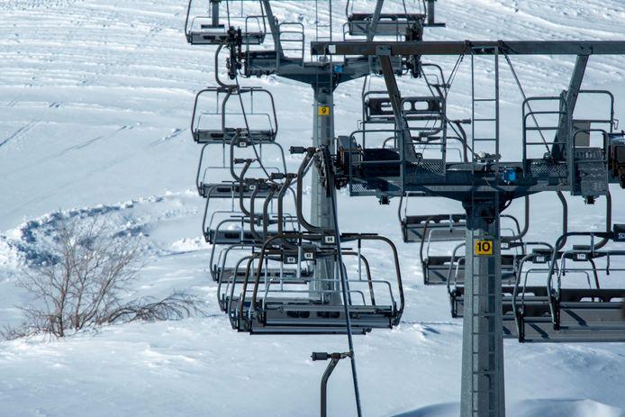 Lege liften in de Italiaanse skigebieden door de coronamaatregelen, maar dat verandert na 15 februari.