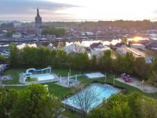 Zwartewaterland heeft voldoende geld in kas om de drie zwembaden open te houden