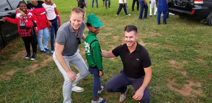 Diederik Bos (FSG), deze week samen met Dennis Bekking (Global Football Academy) op bezoek in Nigeria.
