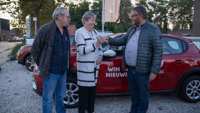 """Zomeractie levert Rita (64) nieuwe wagen op: """"Eerste keer in mijn leven dat ik iets win"""""""