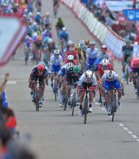 Etappe 9: Massasprint ligt voor de hand in volledig vlakke rit