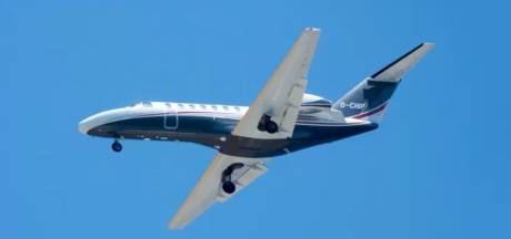 Une balade a failli virer au drame: trois personnes survivent au crash en mer d'un avion de tourisme