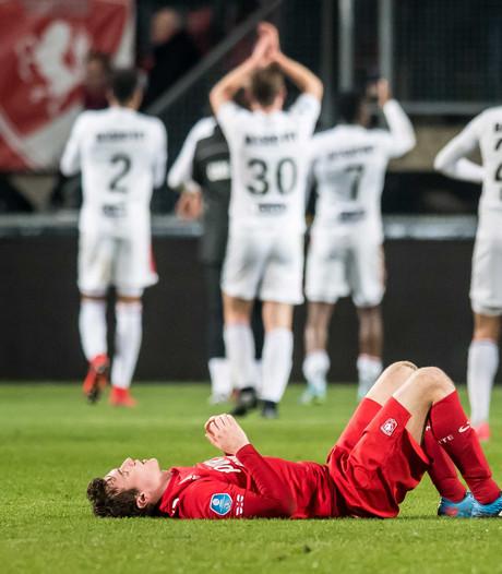 FC Twente zakt naar laatste plek