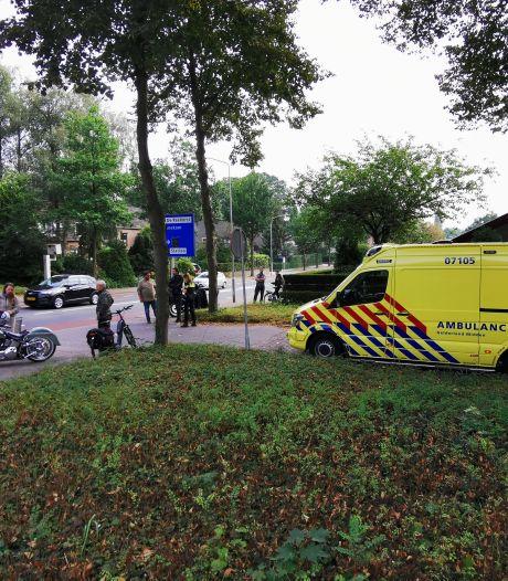 Fietser gewond door botsing met motor in Ede