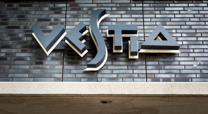 Vestia wordt mogelijk opgesplitst in drie lokale afdelingen: één in Den Haag, één in Delft en Zoetermeer en één in Rotterdam.