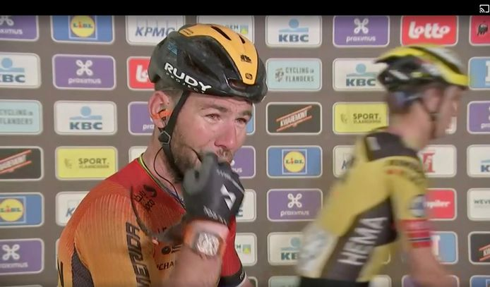 Mark Cavendish in tranen