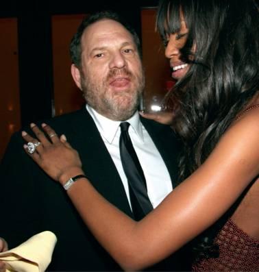 """Weinsteins chauffeur getuigt: """"Hij bijt in haar billen, scheurt haar broekje en wordt helemaal wild op de achterbank"""""""