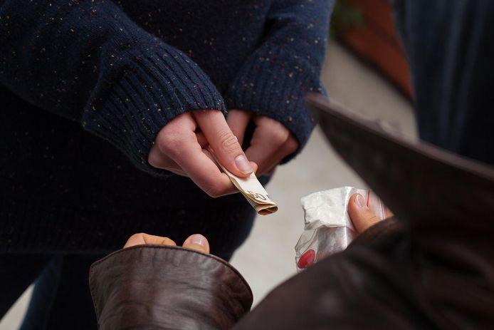 Een straatverkoop van heroïne.