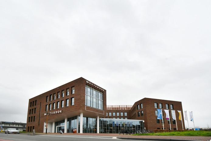 In de ggz-instelling Westerdok in het hart van Almelo is het rustig op dit moment.