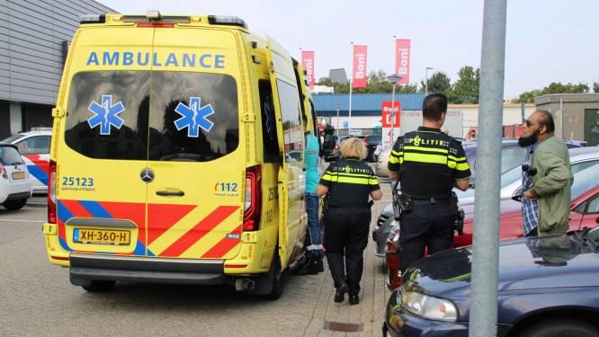 Automobilist ziet voetganger over het hoofd bij 'onoverzichtelijke plek' in Lelystad