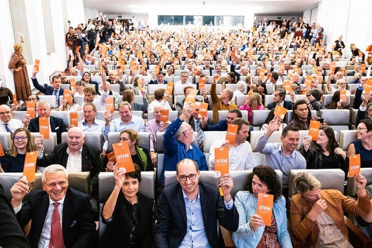 Stemmen bij CD&V over regeringsdeelname: welke ruimte is er voor individualiteit? Beeld Wouter Maeckelberghe