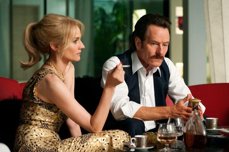 In 'The Infiltrator' nemen undercover-agenten Robert Mazur (Bryan Cranston) en Kathy Ertz (Diane Kruger) het op tegen de drugsmaffia Beeld rv (Liam Daniel/Broad Green Pictures)