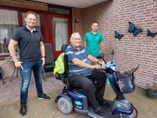 Hartverwarmende berichten én nieuwe accu's voor Simon Bomers (84) die per scootmobiel op reis gaat