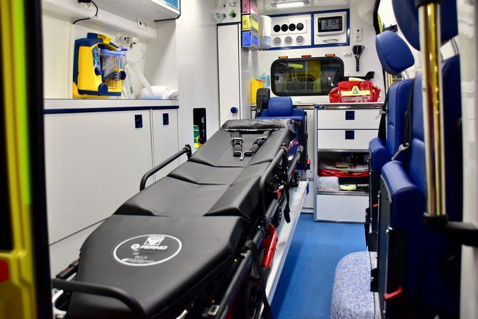 Een ziekenwagen van de zone Fluvia bracht de bestuurder voor verzorging naar het ziekenhuis.