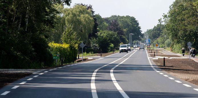 De N315 tussen Neede en de nieuwe N18 is een half jaar dicht geweest. Er is een rotonde aangelegd en de weg is verbreed.
