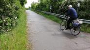 """Exhibitionist langs fietspad? """"Snoei er het groen, dan voelen gebruikers zich veilig"""""""