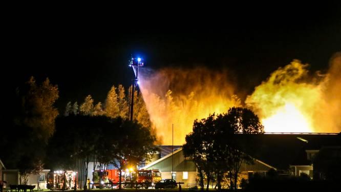 Sliedrechtse schuur gedeeltelijk in de as gelegd na grote uitslaande brand