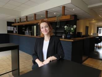 """Anne-Marie zorgt voor frisse wind door café 't Dorpshuis: """"Heel de lokale gemeenschap moet zich hier thuis voelen"""""""