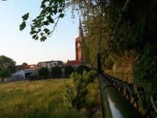 'Moergestel snapt niets van vijf riante kavels in het dorpshart'