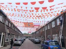 Goudse straat in EK-sferen, met dank aan Frank: 'Er hangen nu ook Poolse vlaggen tussen'