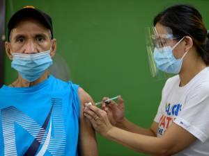 Weigeraars van een corona vaccin van een bepaald merk komen onderaan op de lijst voor een nieuw vaccin