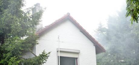 Rolluiken van leegstand pand in Rijsbergen in brand gestoken