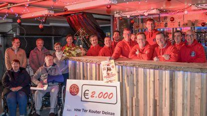 Kerstcomité Nokere schenkt 2.000 euro aan Zorgcentrum Ter Kouter in Deinze