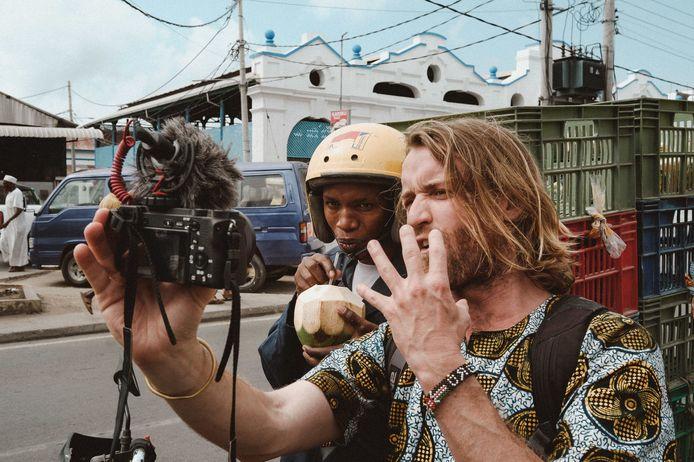 Charles Witlox maakt reisvlogs en documentaires in Afrikaanse landen