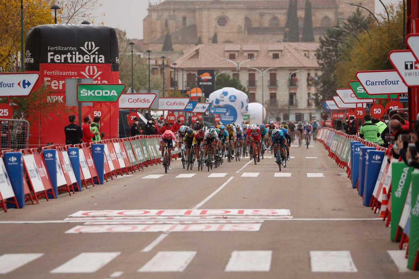 Het peloton in de Vuelta.