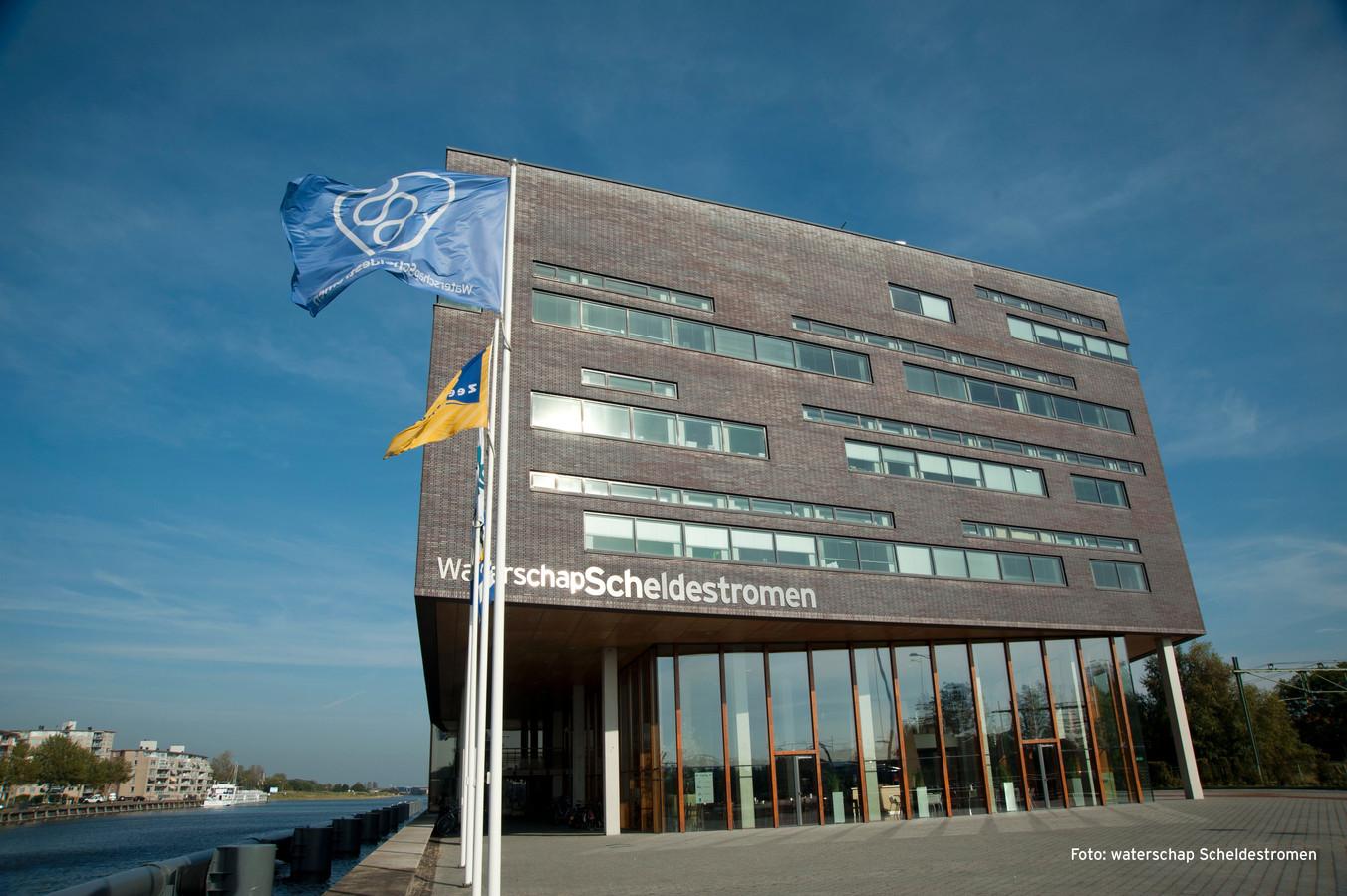 Hoofdkantoor van het waterschap in Middelburg.