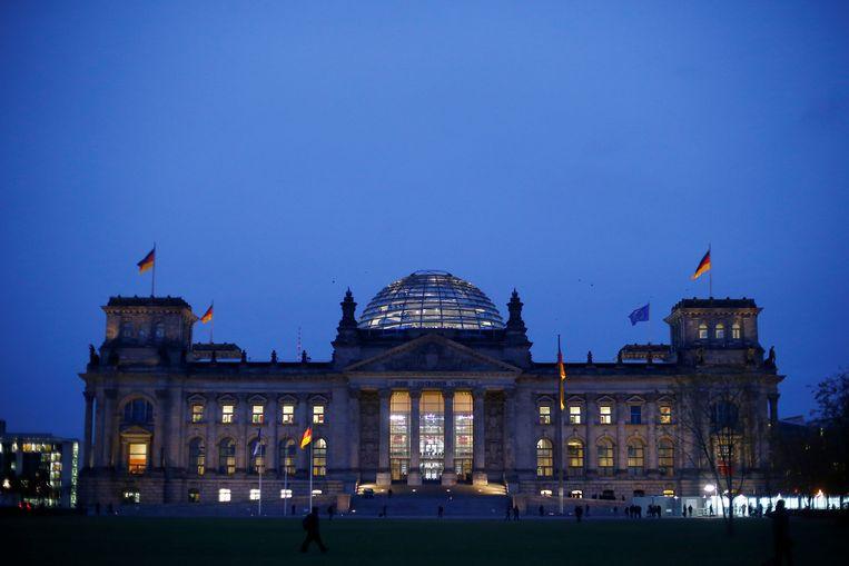 Het Rijksdag-gebouw in Berlijn, waar het parlement zetelt. Beeld REUTERS