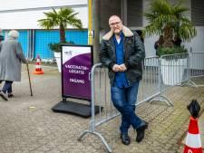 Ervaren Gerrit (67) wil gratis helpen vaccineren, maar is niet nodig bij de GGD: 'Ik begrijp het niet'