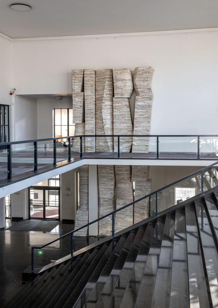 De installatie 'Archief Stadhuis Heerlen' van beeldend kunstenaar Marjan Teeuwen. Beeld Marjan Teeuwen