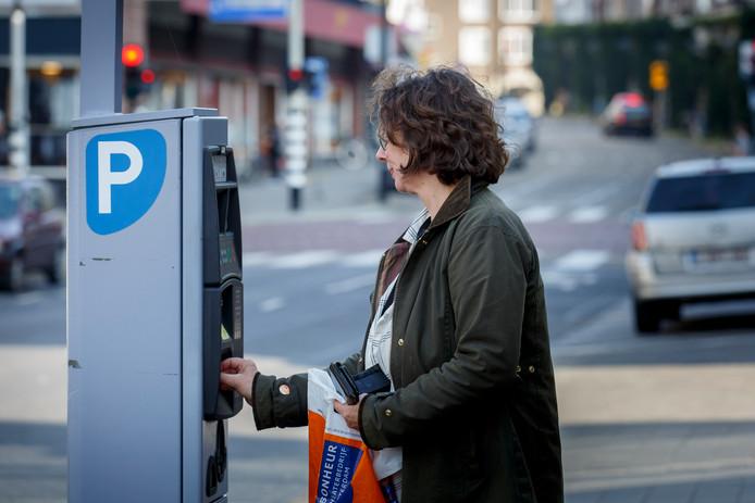 Het tweede uur parkeren wordt gratis in het centrum van Vlaardingen.