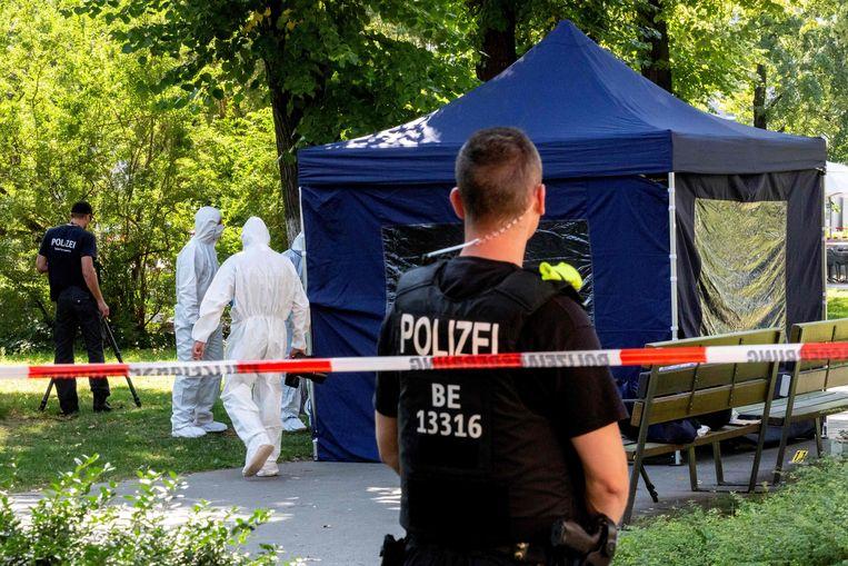 De afgezette plaats delict waar de Tsjetsjeense Changosjvili werd vermoord. Beeld AFP