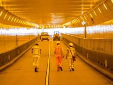 Maastunnel is voor de helft klaar: één autobuis na het weekeinde open