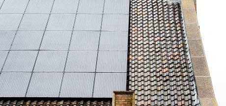 Lijn 83 wil snel zonnepanelen  op daken van negen scholen