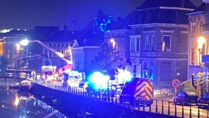 Vier doden bij ongeluk in centrum Gent, Franse Peugeot crasht in water