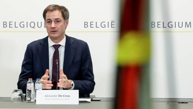 """La Belgique resserre la vis pour un mois: """"Le virus nous a fait redescendre sur terre"""""""