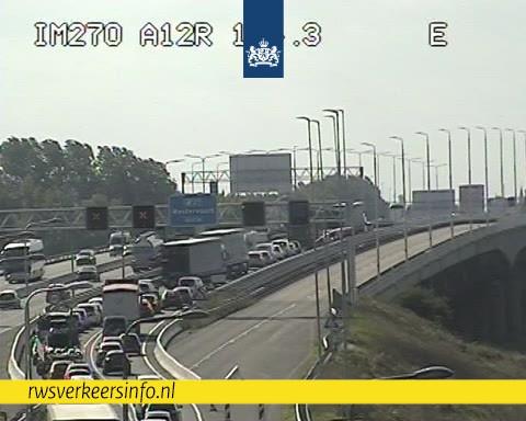 File op de A12 tussen Arnhem en de Duitse grens.