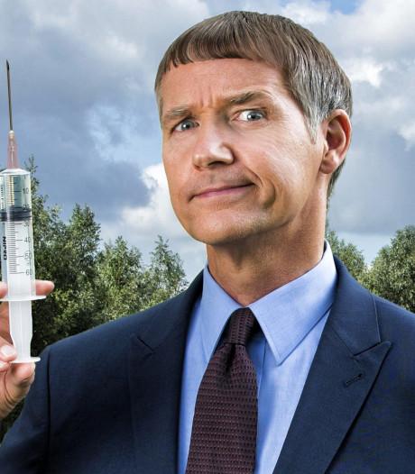 SBS 6 stopt met hitserie Dokter Tinus, de bekendste inwoner van Woudrichem